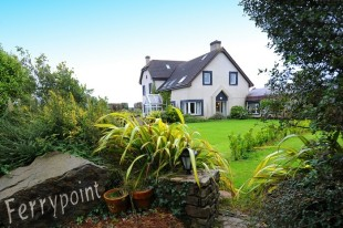 Detached property in Cork, Kinsale
