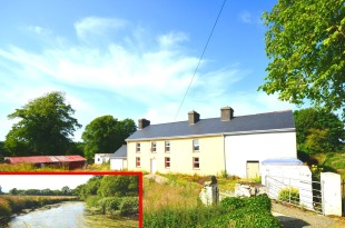 Detached property in Cork, Dunmanway