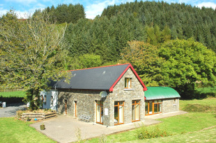 4 bed Detached property for sale in Cork, Skibbereen