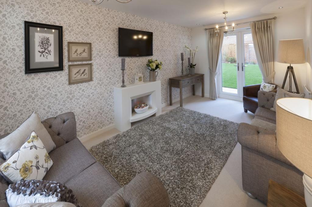 4 bedroom detached house for sale in howbeck road arnold for Living room nottingham
