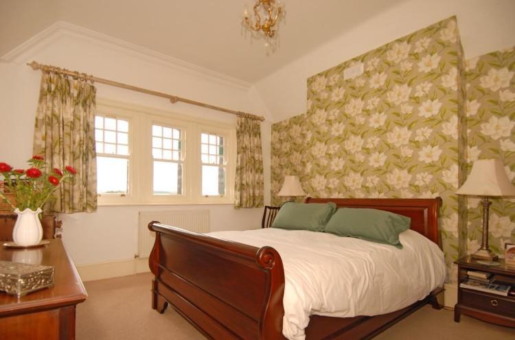 Tavistock Railway Station - bedroom