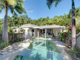 4 bedroom house for sale in Queensland...