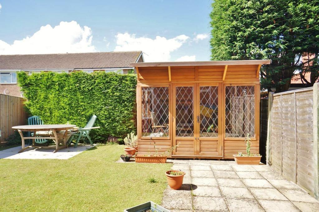 garden (summer house