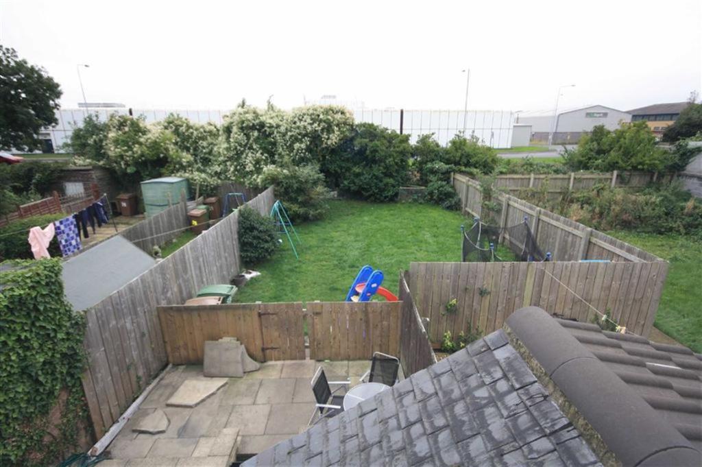 Rear Garden Alternat