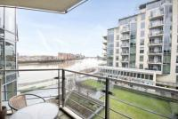 2 bedroom Apartment to rent in Kingfisher House...