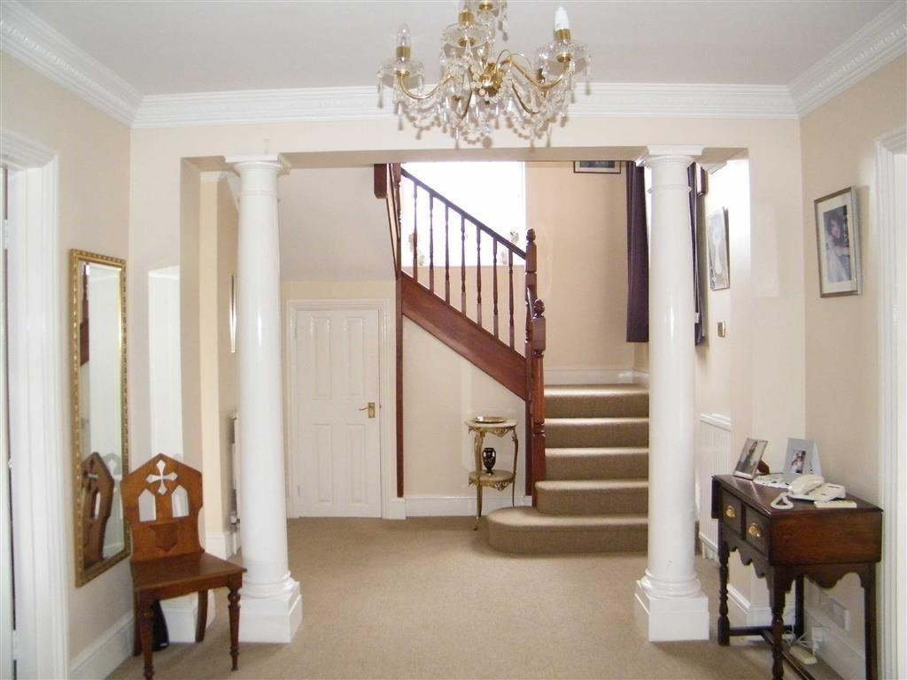 5 bedroom detached house to rent in Pocombe Bridge, Exeter, Devon ...