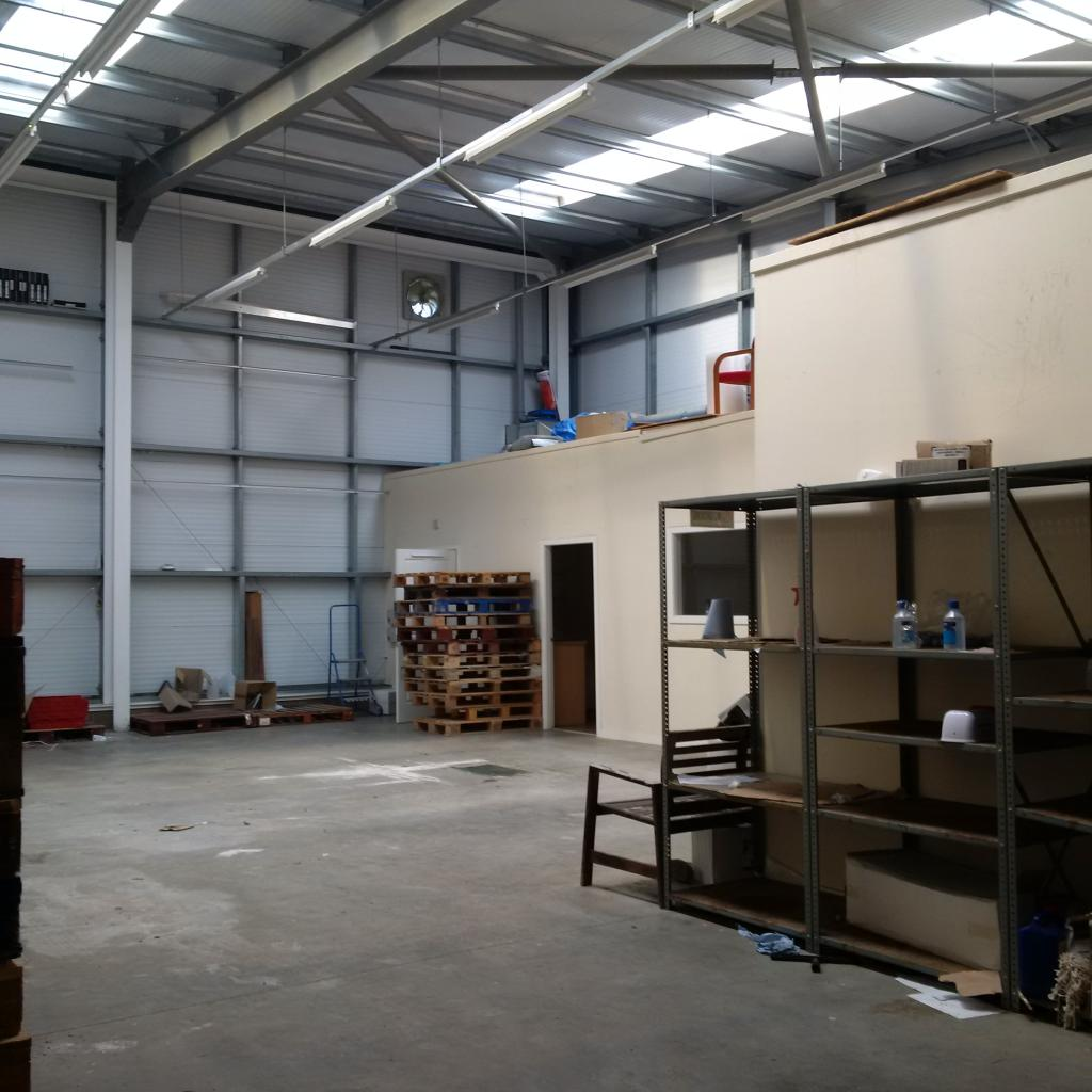 Light Industrial To Rent In Springhill Parkway, Glasgow