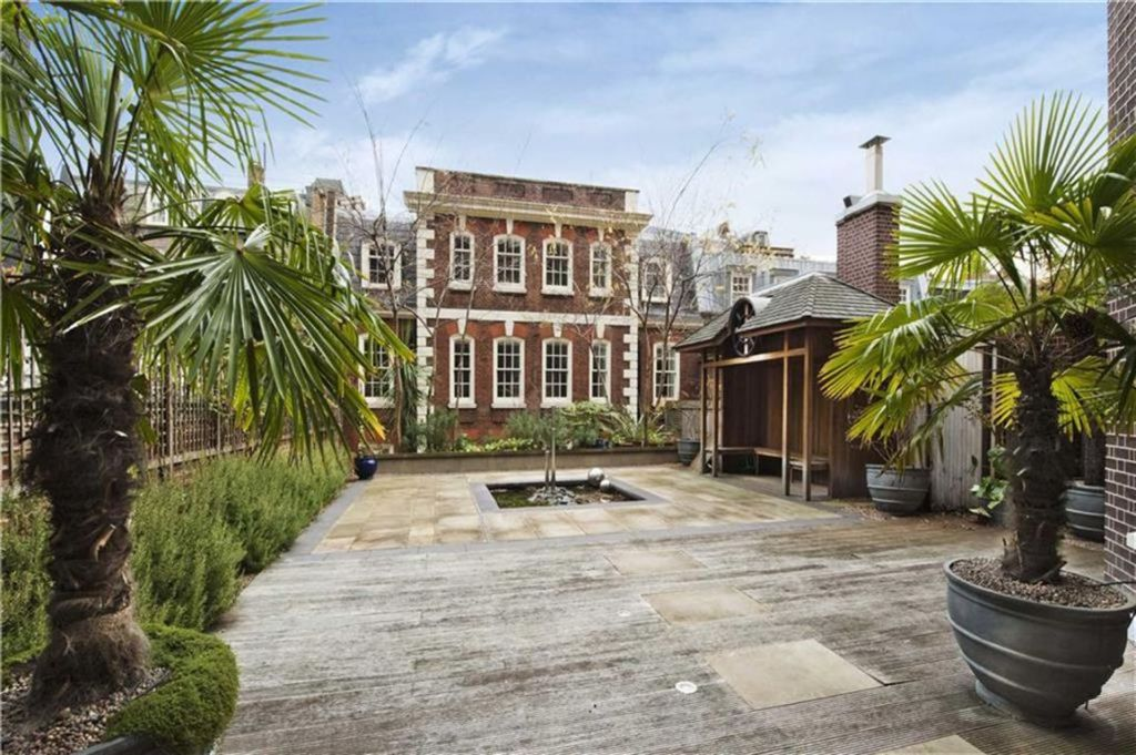 21 Bedroom Terraced House For Sale In Hill Street Mayfair