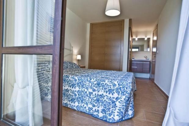 Main bedroom with en suite & terrace