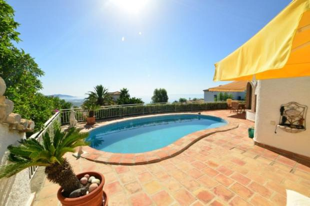 Lovely sea view from pool, terrace & villa
