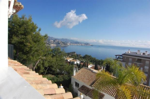 Sea view in this villa for sale