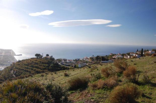 Land for sale in Spain to build a small farm house