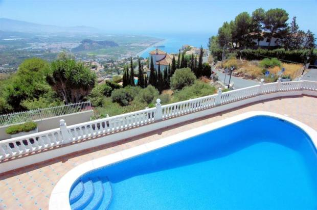 Fab view to sea, castle & mountains from villa