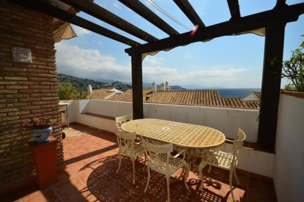 Another terrace with retractable sun screen