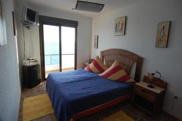 Double bedroom with great sea view in guest apt.