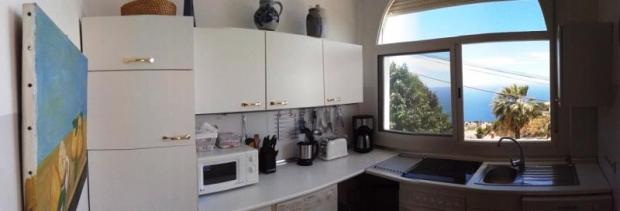 Kitchen with beautiful view to the Meditarian