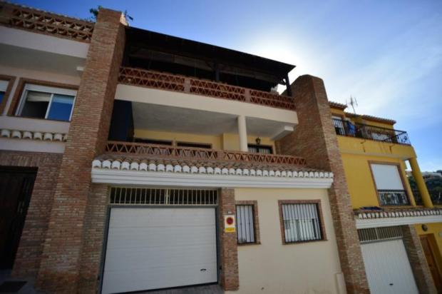Spanish house with great sea views for sale