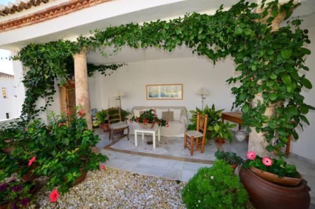 Large, sunny terrace