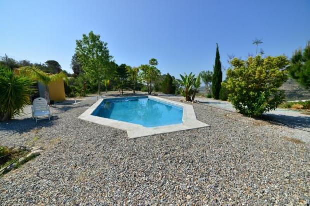 Large, sunny terrace with great sea view