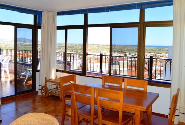 beautiful lounge with amazing views