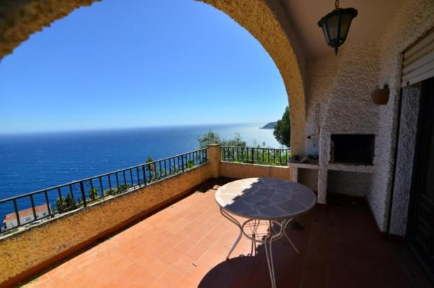 Lovely terrace with uninterrupted sea views