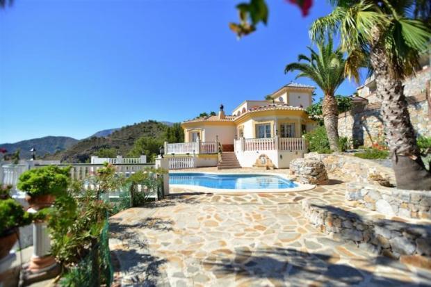Spanish villa with sea views