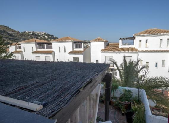 the loft is walking distance to the marina&beach