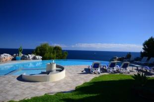 5 bedroom Villa for sale in La Herradura, Granada...