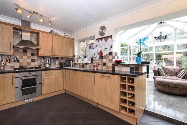 Kitchen and Conservatory Extension