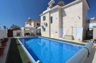 3 bedroom Detached house in Famagusta, Agia Thekla