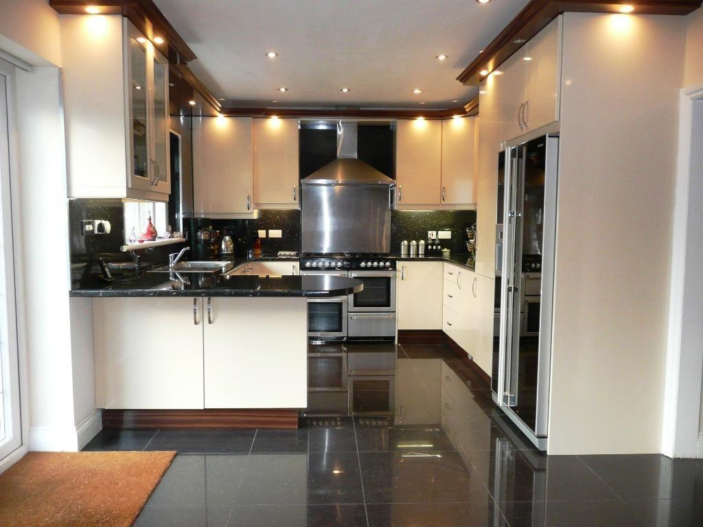 5 bedroom semi detached house for sale in sutton lane for Modern fitted kitchen