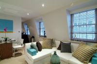 Flat to rent in Wyndham Street, London...