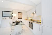 2 bedroom Flat in Hyde Park Square, London...