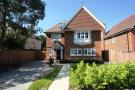 5 bedroom home in Heathside Park Road