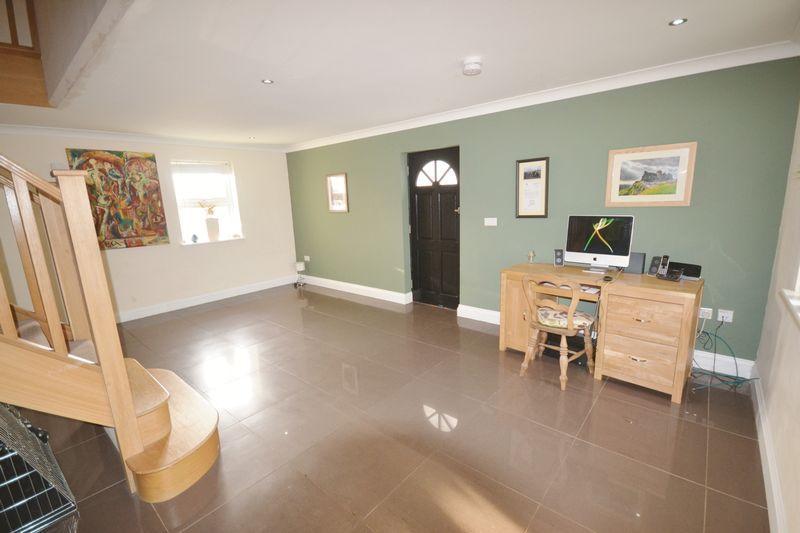 Living area - ...