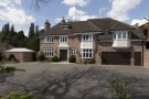 8 bed Detached home in Westbourne Road...
