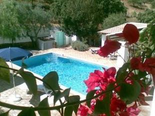 Detached house in Rocha de Pena, Algarve...