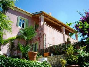 Villa for sale in North Corfu, Corfu...