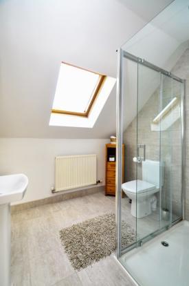 Re-fitted  En-Suite