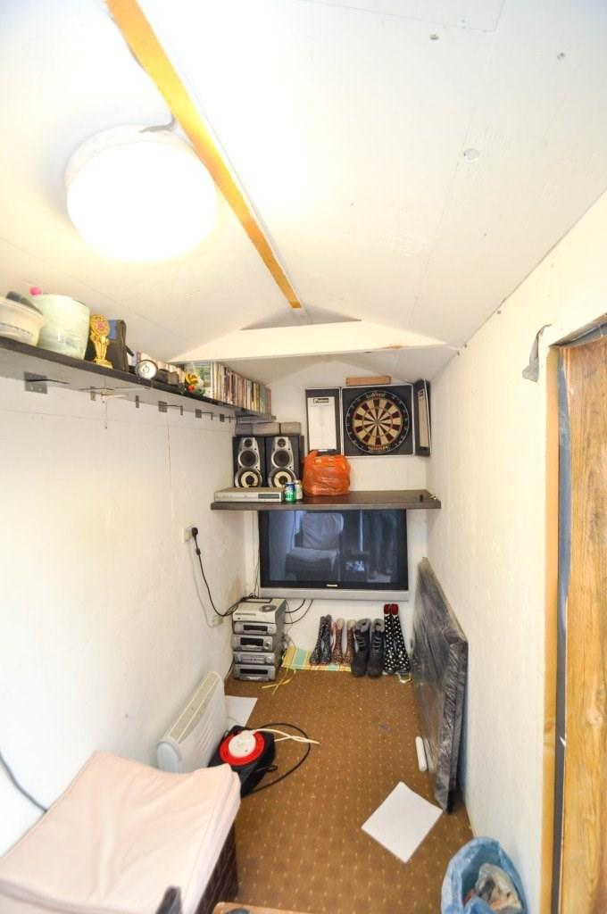 Utility Shed/works'p