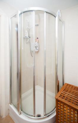 Bathroom shower encl