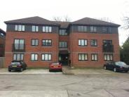 Flat for sale in Oakfields...