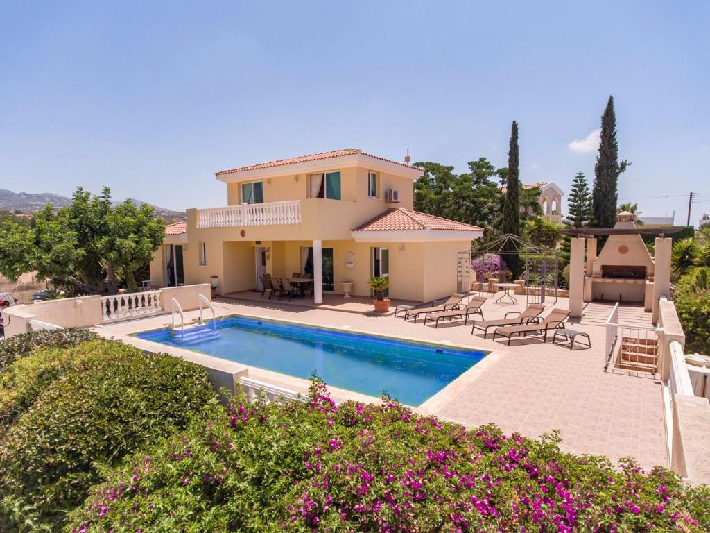 4 bed Villa in Coral Bay, Paphos, Cyprus
