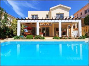 Villa for sale in Paphos, Argaka