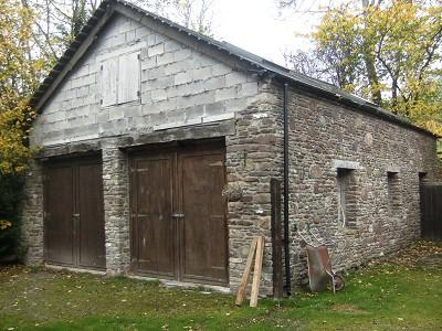 Garage / Workshop