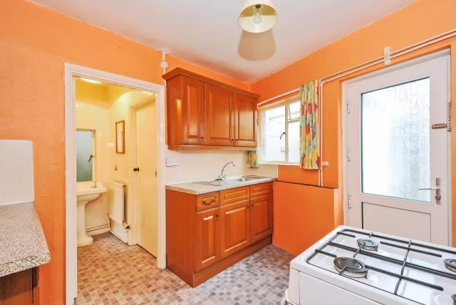 Kitchen with Dining Area h