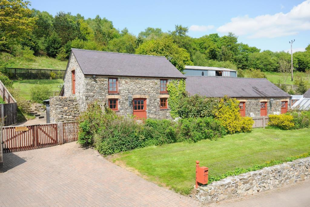 Barley  & Meadow Cottage
