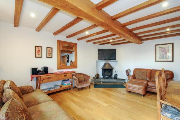 Living Room-Barley Cottage