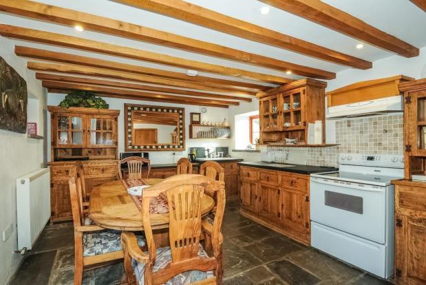 Kitchen/Dining Room-Wheatsheaf Cottage