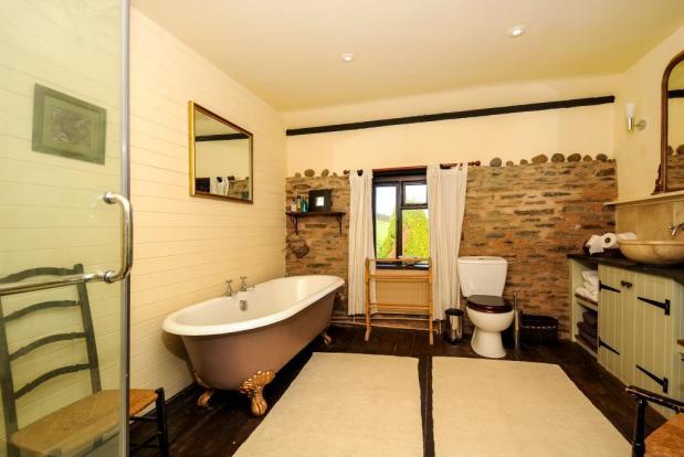 Bathroom - Farmhouse